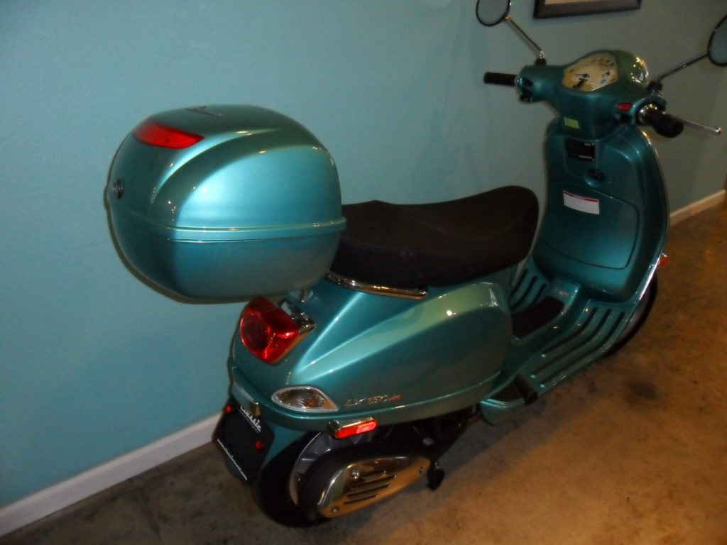 scooter top cases vespa portland. Black Bedroom Furniture Sets. Home Design Ideas