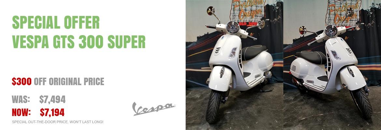 Save $300 on a New 2018 Vespa GTS 300 Super